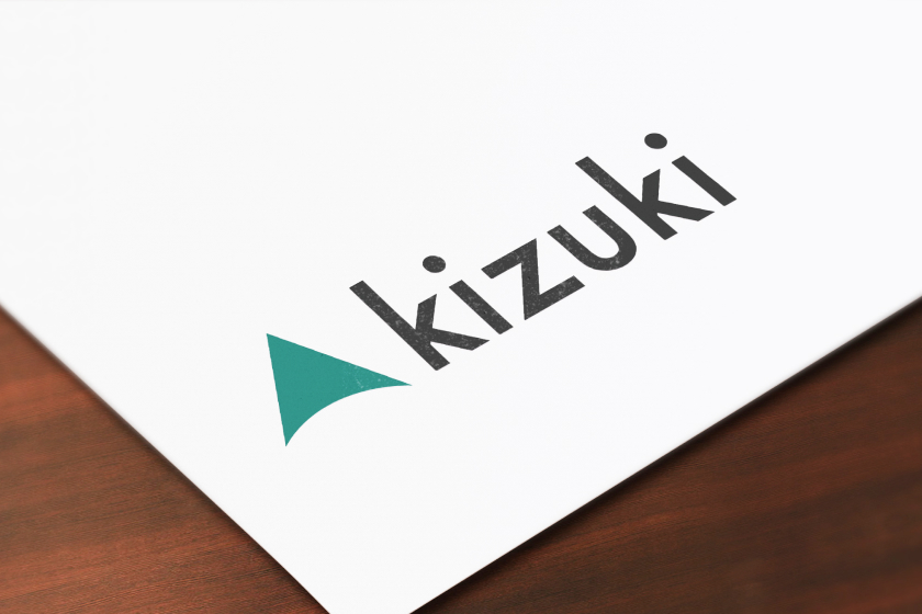 キズキのロゴが印刷された冊子